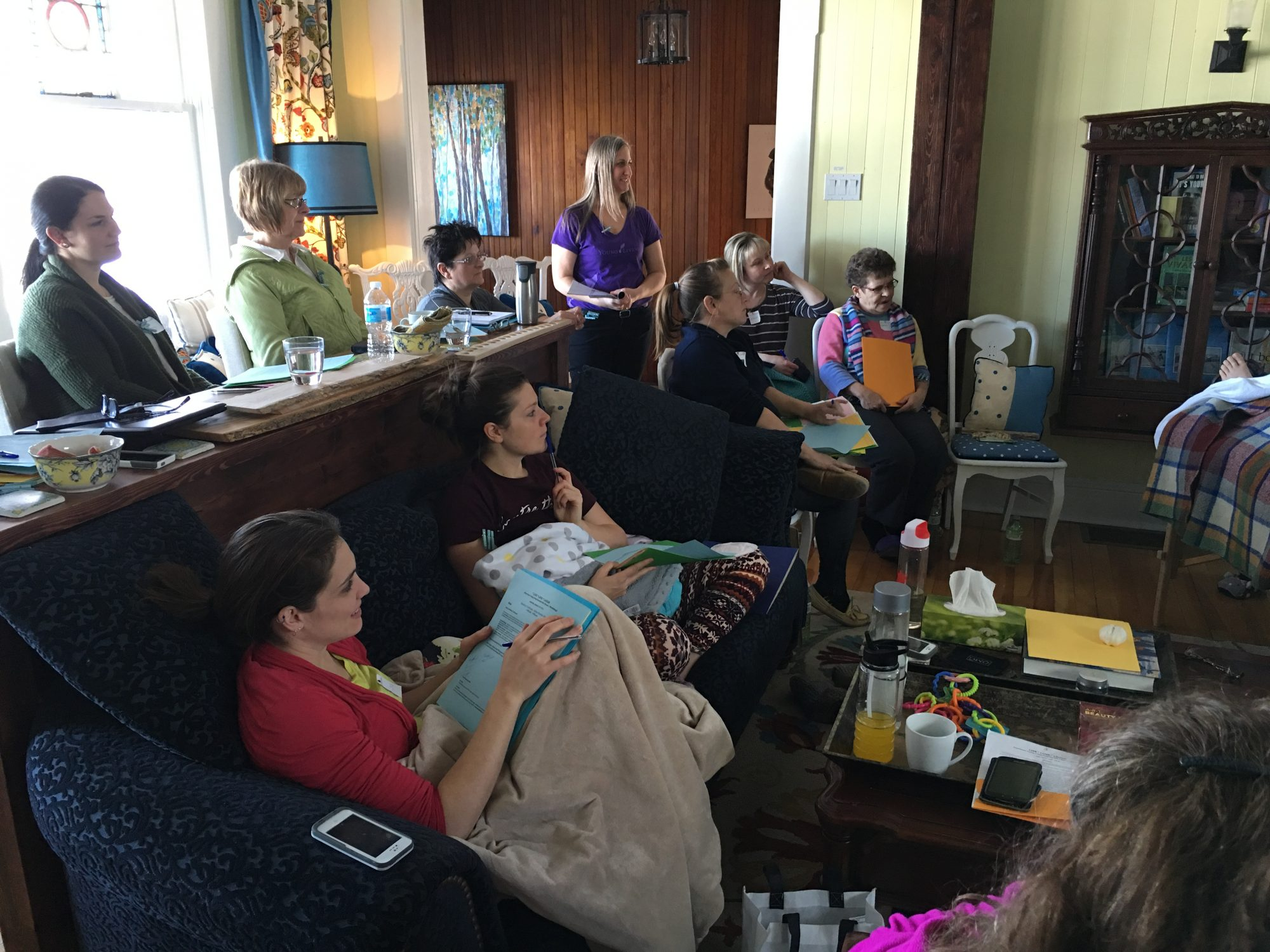 Wellness retreat group at the Presidents' Suites in Haileybury / Groupe de retraite santé et bien-être aux Suites des Présidents à Témiskaming Shores