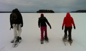 Randonée en raquettes jusqu'à l'île Farr sur le lac Témiscamingue