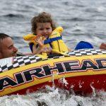 Marc Leblond s'amusant dans le lac Temiskaming