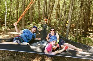 Le hamac Tentsile idéal pour relaxer entre amis pendant votre séjour de glamping
